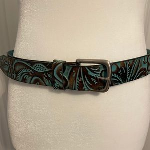 Patricia Nash leather belt.  Size small.